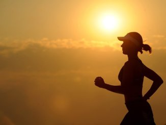 Woman with intrinsic motivation to run